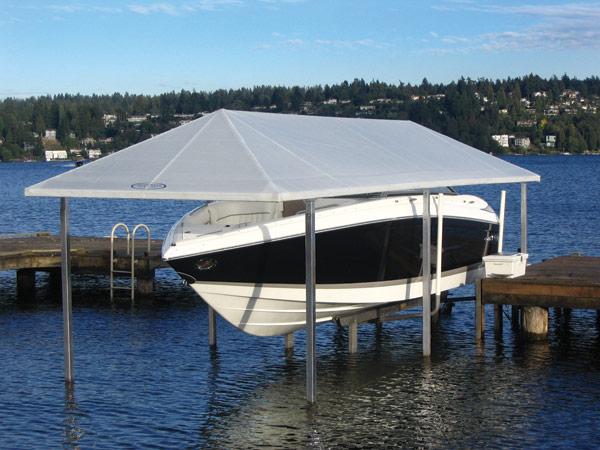 Täck båten med tillbehör från Sunstream Boatlifts
